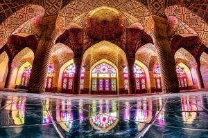 nasir-al-mulk-mosque-shiraz-iran-01